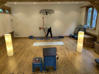 Sarah shows Online Yoga Workshop from her Studio in Guildford