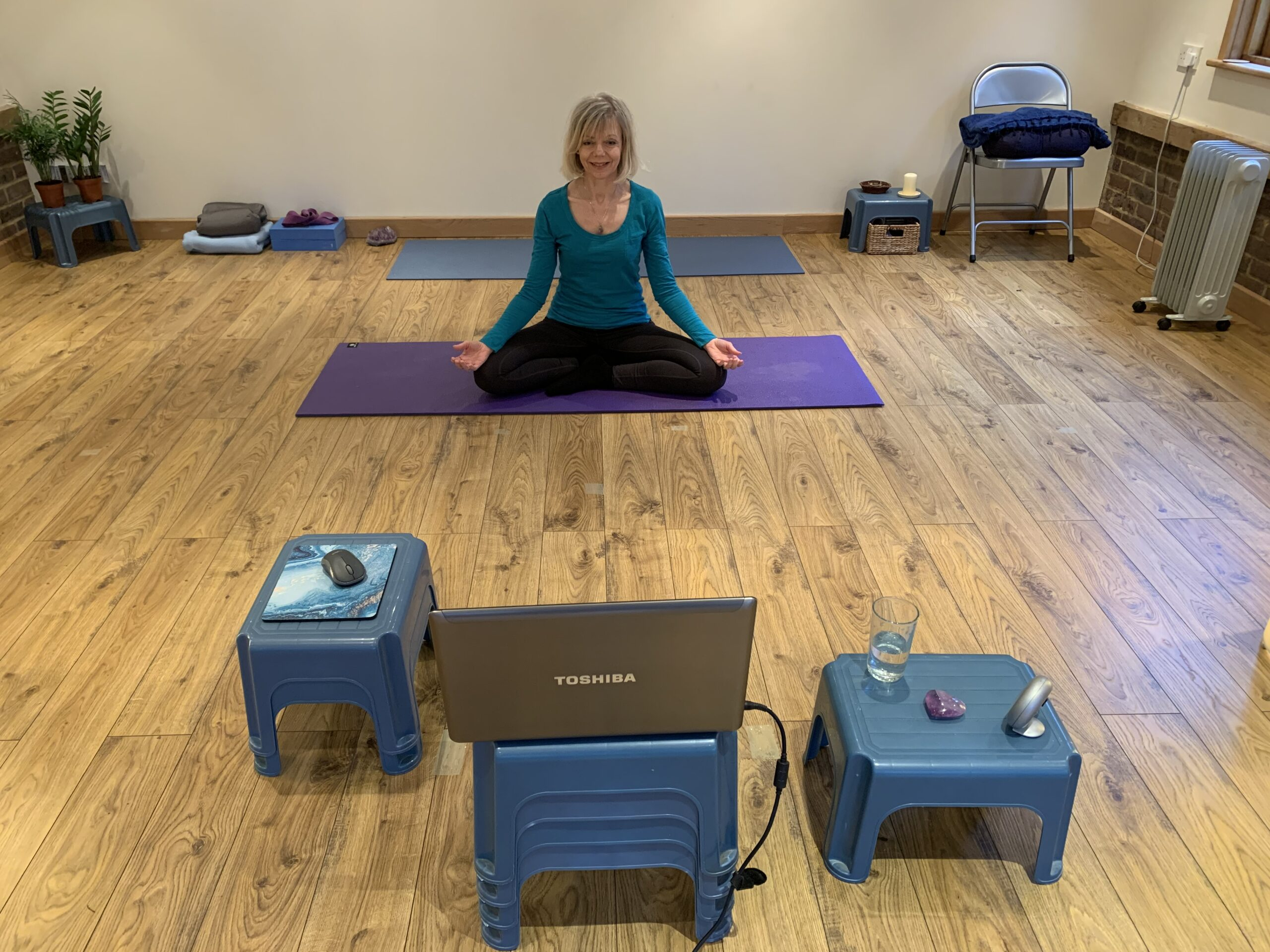 Sarah Church shows Online Meditation classes, Guildford